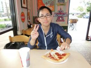 本場のピザは格別!