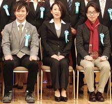 圧縮:画像8:記念写真〔優秀賞受賞者&西岡〕-1:CVG表彰式